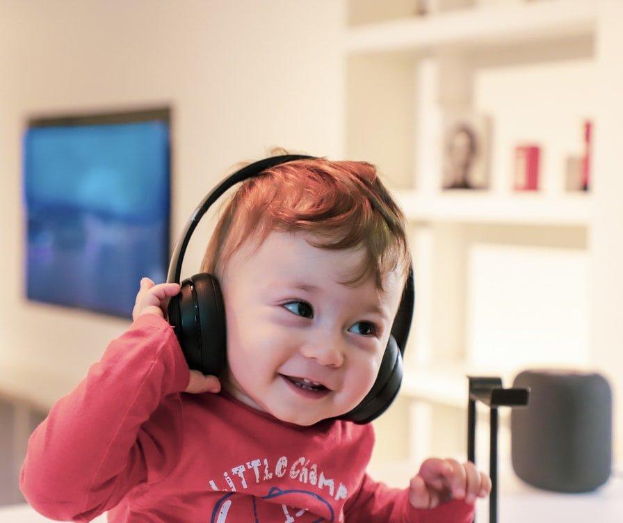 infant using headpones
