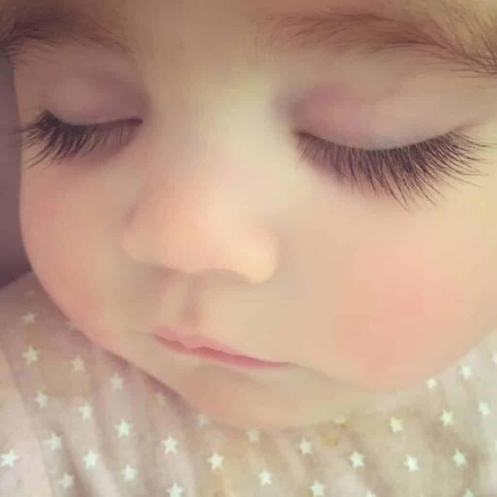 newborn eyelashes