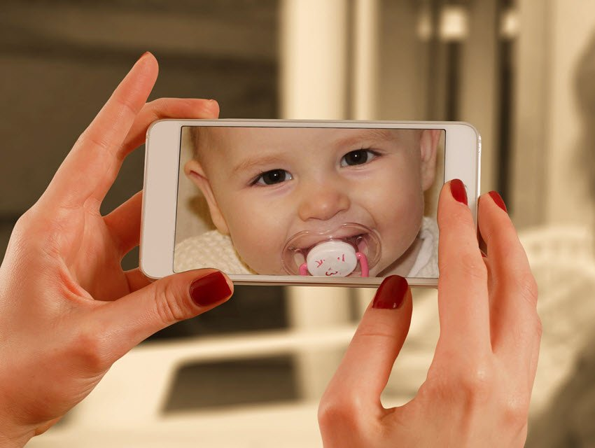 baby monitor on smart phone