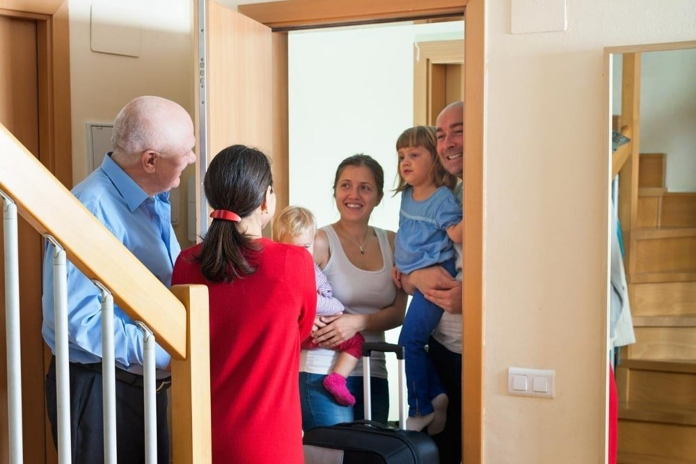 How to Deal With Unannounced Visits From Family