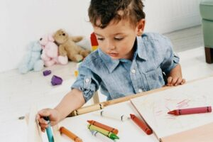 5 Best Non-Toxic Crayons Safe For Your Toddler