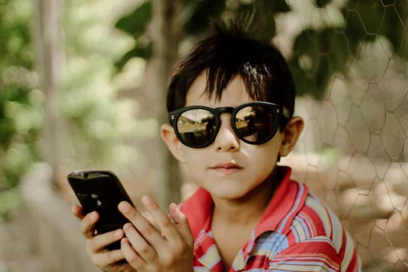 child cell phone