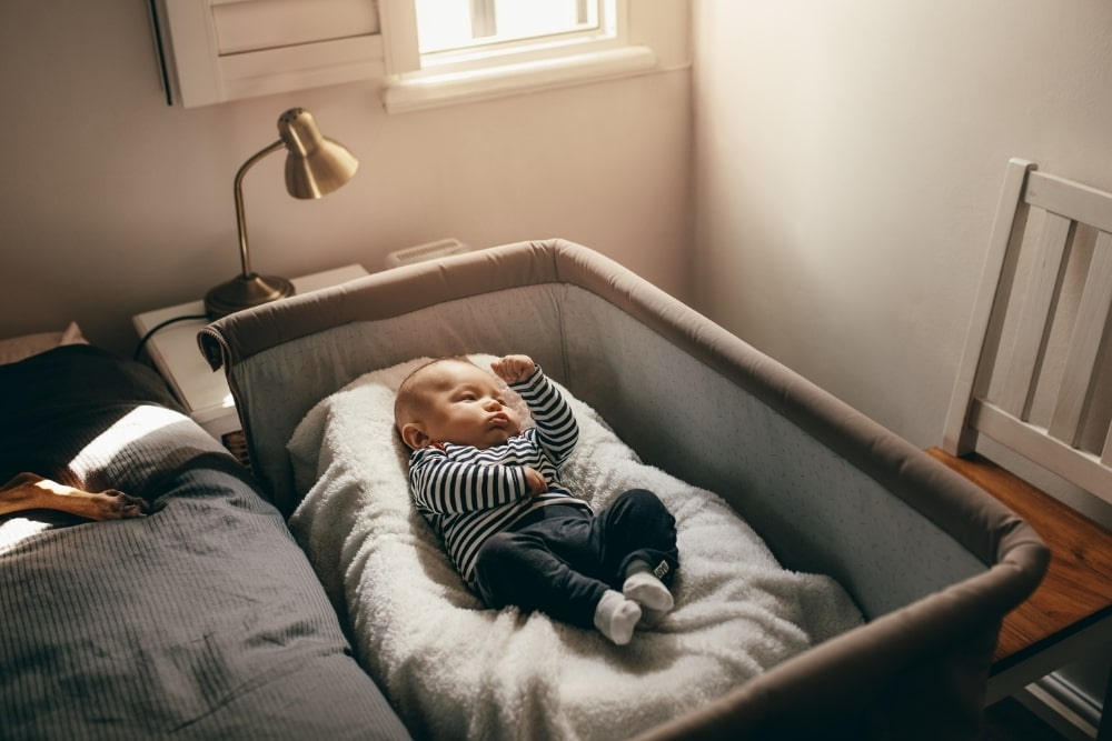How to Get a Newborn to Sleep in a Bassinet