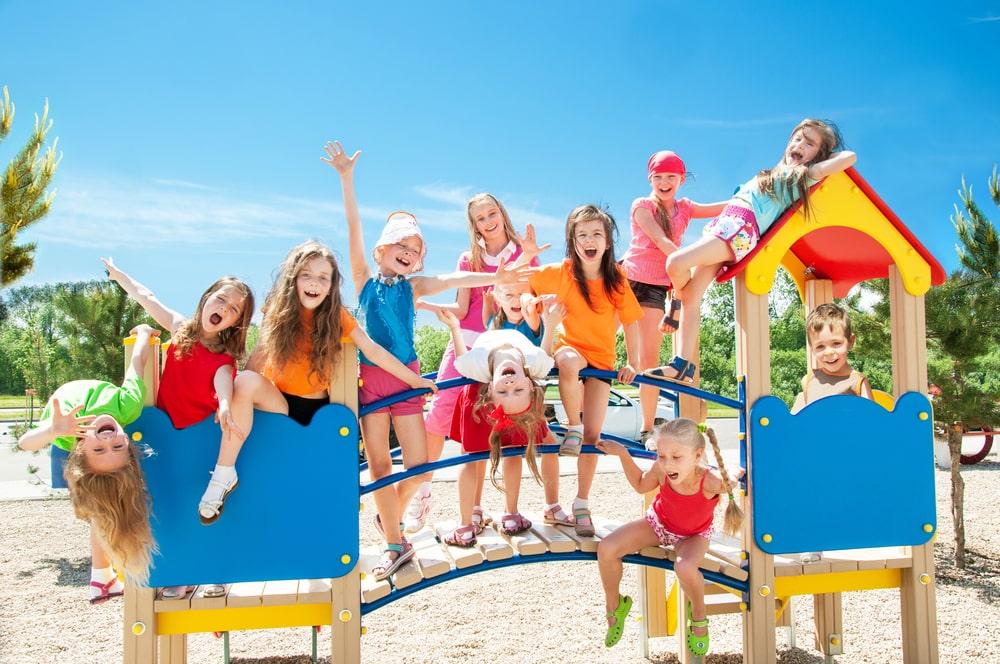 15 Best Outdoor Activities For Babies and Infants