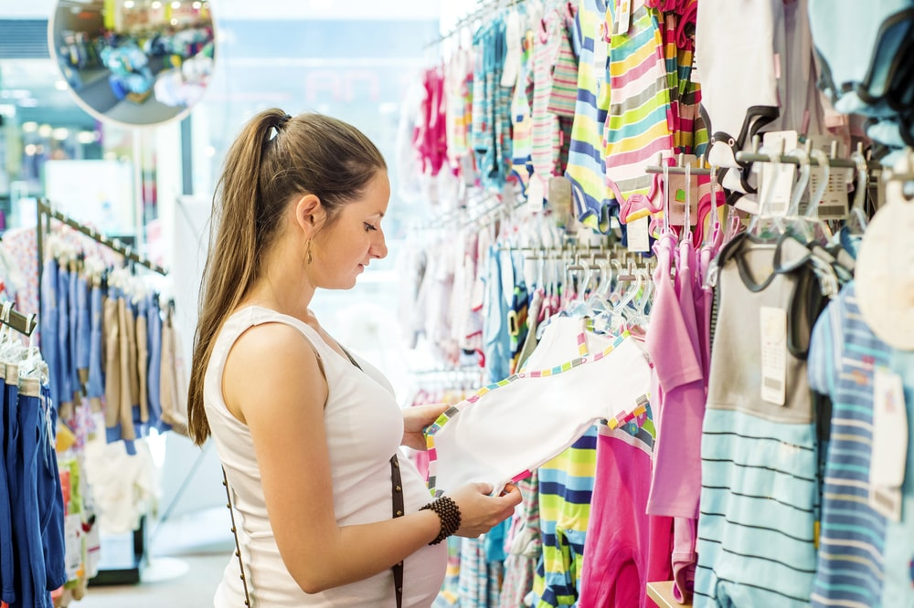 Mother shopping for childrens clothes1