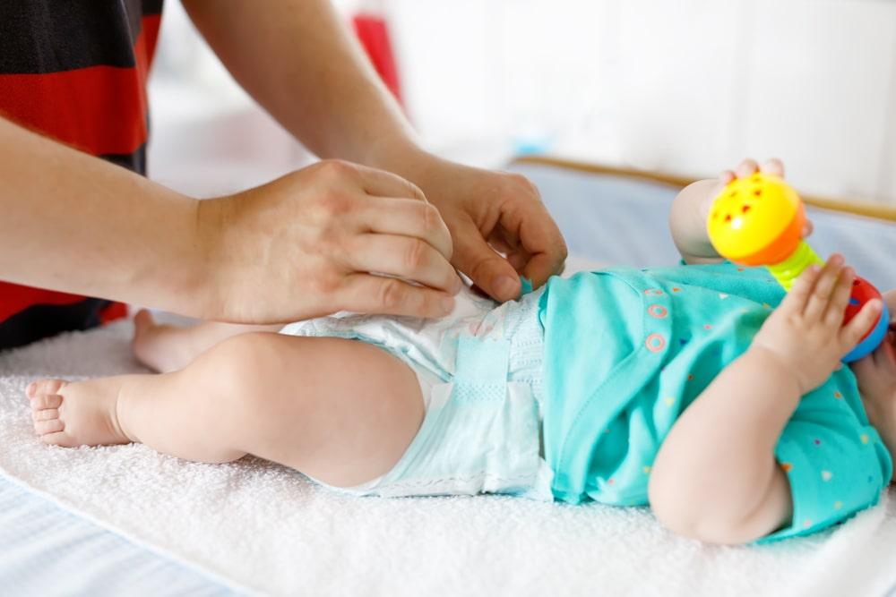 Breastfed Baby Poop is Not Seedy: Is That Normal?