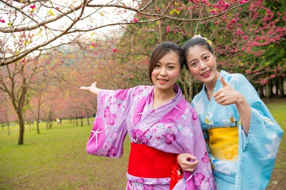 girl woman in a kimono12