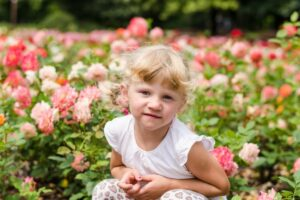 75 Best Middle Names For Rose